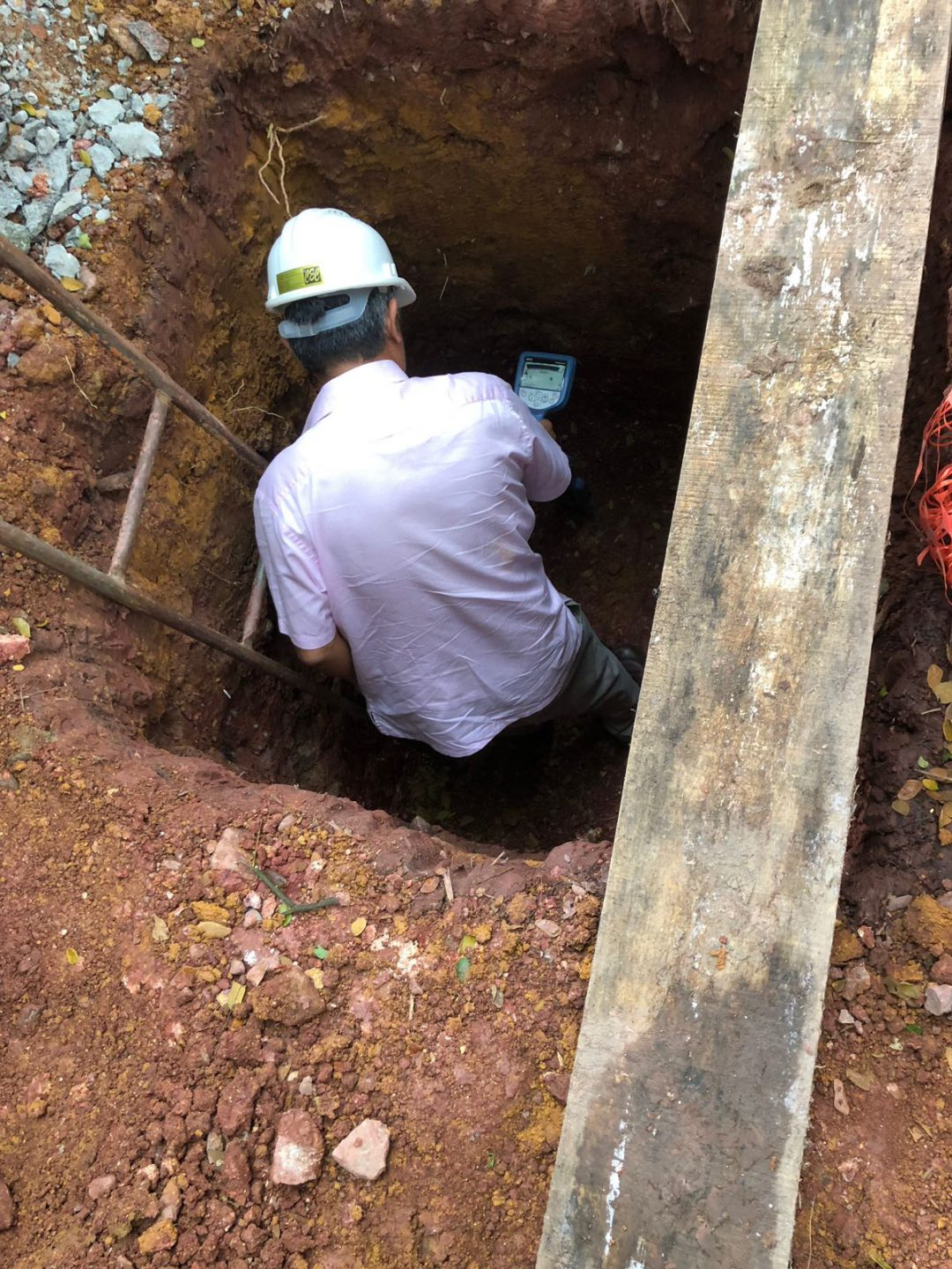 Cable Detection in a Pit